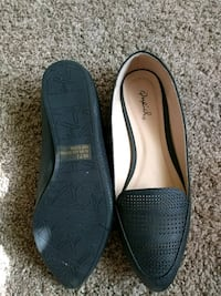 pair of black leather flats new Fresno, 93727