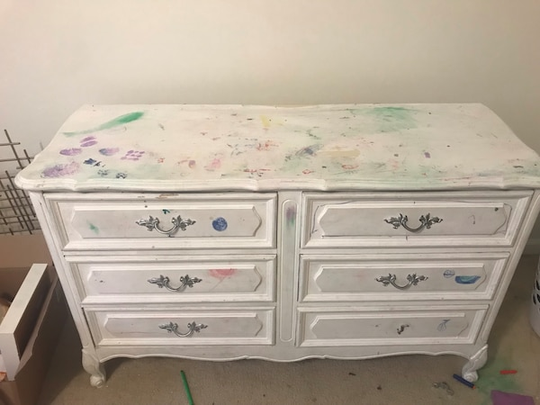 Used White Wooden 6-drawer Lowboy Dresser For Sale In