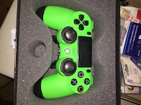 Scuf professional gaming ps4 controller Wilmot, N3A 1R7