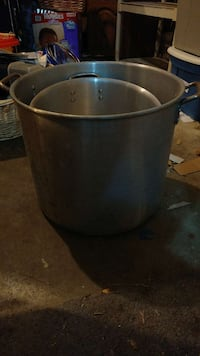 Big cook pot