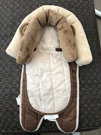 baby's white and brown bouncer Rocky View No. 44, T3P