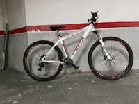 "Bicicleta MTB Mountain Bike 29"" Talla M Barcelona, 08008"