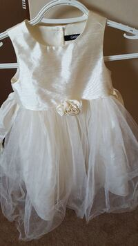 SIZE 2T GIRLS DRESS FROM A SF HOME