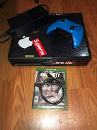 Xbox one 500gb (with blue controller and COD WW2) Dunellen, 08812