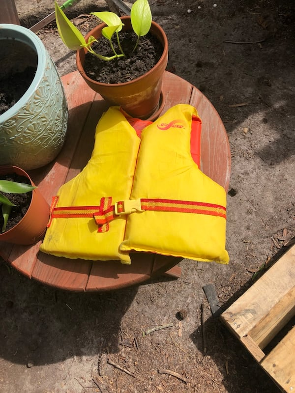 Life Vest (size kids/youth) 0