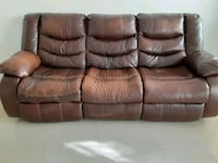 great shape leather couch .fully reclinable . Miami Beach, 33141