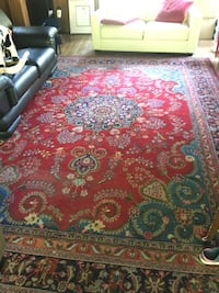 red, blue, and white floral area rug Westmount, H3Z 1L8