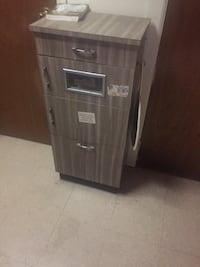 Barbershop Style Cabinet - vintage - great condition - 3 available New York, 11385