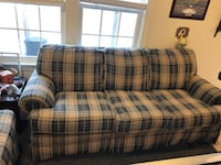 Couch & Loveseat Chantilly, 20152