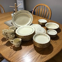 Dishes Antique Dish Set 22 Karat gold trim , T7X