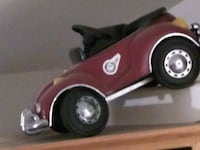 VW Convertible BUG Pedal Car red and black car scale model Le Grand