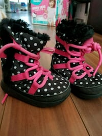 Baby Toddler Nike Snow Boots 4C New Westminster, V3M