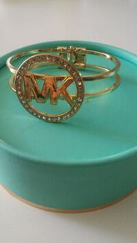 gold-colored and diamond ring Laval, H7T 1E9