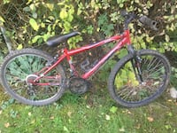 huffy mountain  bike ( red ) Guelph, N1H 5M8