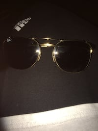 Ray*Bans Authentic  Surrey, V3T 1P6