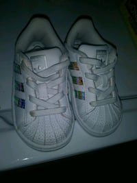 Toddler Adidas Shelltops size 5