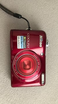 Red nikon coolpix point-and-shoot camera Germantown, 20874