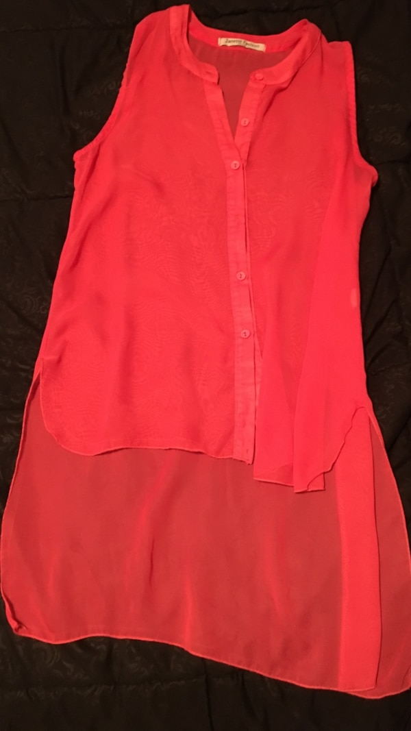 230c29588 Used red button up sleeveless blouse for sale in Hanford - letgo