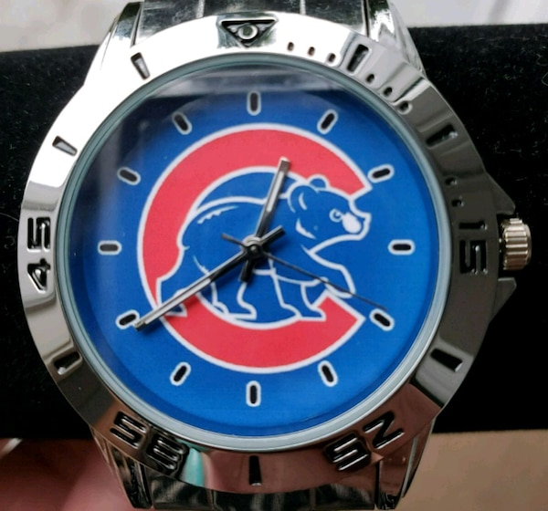 Stainless Steel Chicago Cubs Watch 57882210-4926-49ae-9dfa-96a2758c0c38