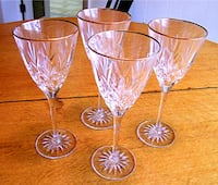 Set Of Four Long Stemmed Cut Crystal Gold Rimmed Wine Glasses Jamestown