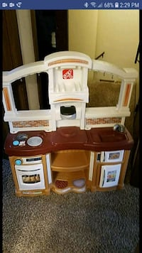 white, brown, and gray kitchen playset Greeley, 80634