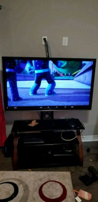 55 inch Tv with stand  Niagara Falls, L2G