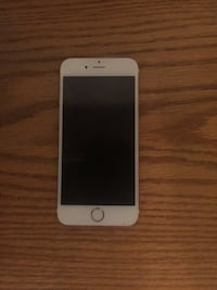 Rose gold IPhone 6s  Mississauga, L4Z 4E2