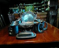8 pewter plates, 8 mugs and butter dish Abingdon, 24210