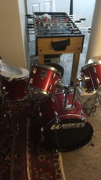 """Full set of 18"""" drums excellent condition call Mile  [PHONE NUMBER HIDDEN]  $ 700.00 obo"""