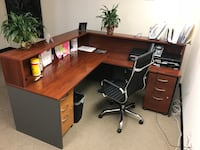 Large office desk - best offer- price negotiable Vienna, 22182