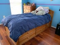 Kids Bedroom Furniture- 3 pieces Leesburg, 20176