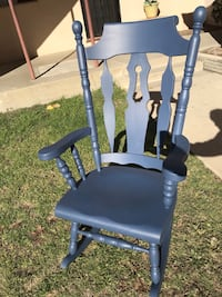 Rocking chair  Los Angeles, 91601