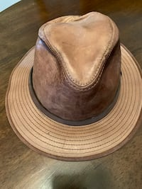 Genuine Leather Adventure Bourne Outback/Field Hat Brookhaven, 11719