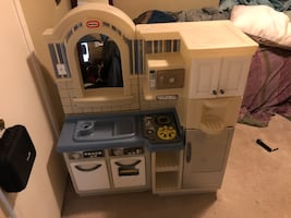 Double sided kitchen play set