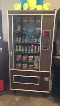 Snack Vending Machine Bridgeport, 13030