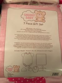 Snugly Baby 7 piece gift set, new