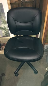 As new Office Chairs Fabric or Learher Edmonton, T5M 2P2