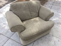 Comfy Oversized Chair Burbank, 91501