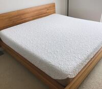 SERTA KING SIZE MATTRESS Vancouver, V6Z 2Y1