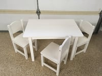 Kids table and chairs Yucaipa, 92399
