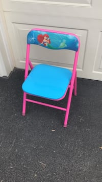 Princess Ariel chair with locking mechanism  Webster, 14580