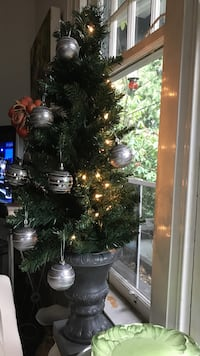 green garland with silver ornaments