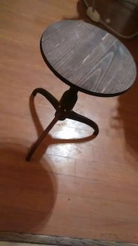24 inch hand made round table
