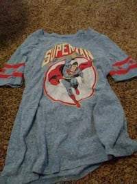 blue and red Superman-printed crew-neck shirt Manchester, 37355