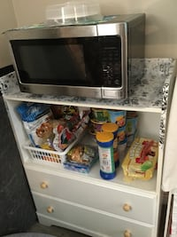 White stand cabinet not selling the microwave Edmonton, T5P 3N4