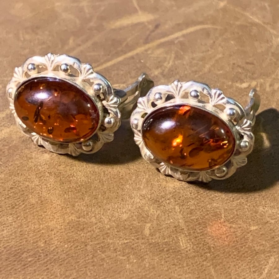 Antique Sterling Silver Baltic Amber Earrings 962af54f-e267-47d4-b12c-23e4ef5fcf17