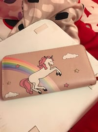 white and pink leather long wallet Montréal, H3M 2E6