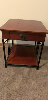 Side Table Annapolis, 21401