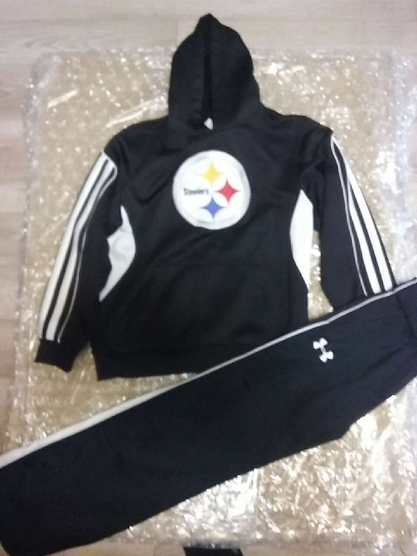 new styles 49ac6 fa0c7 ... Pittsburgh Steelers heavy hoodie and Under Armour ...