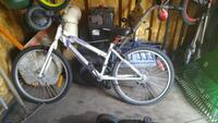 white and black hardtail mountain bike Saint-Constant, J5A 1P9